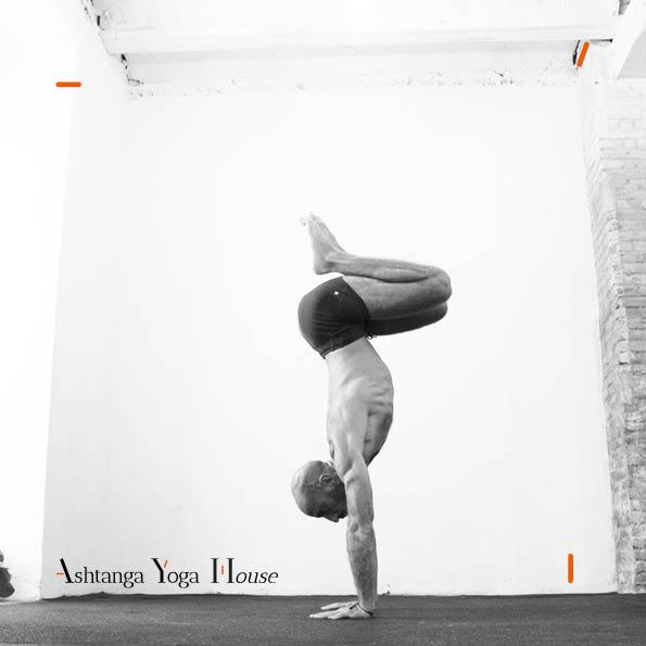 Ashtanga-Yoga-House-Valencia-Carlos-matoses.3