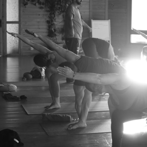 ashtanga-yoga-house-valencia-retiro-clases-mysore37