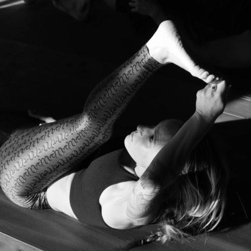 ashtanga-yoga-house-valencia-retiro-clases-mysore87